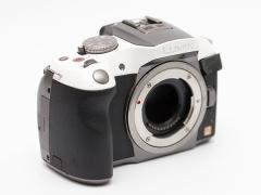 類單眼相機