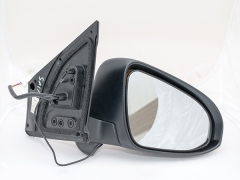Toyota Altis車側鏡頭